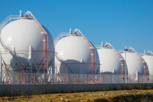 Magazynowanie i transport LNG